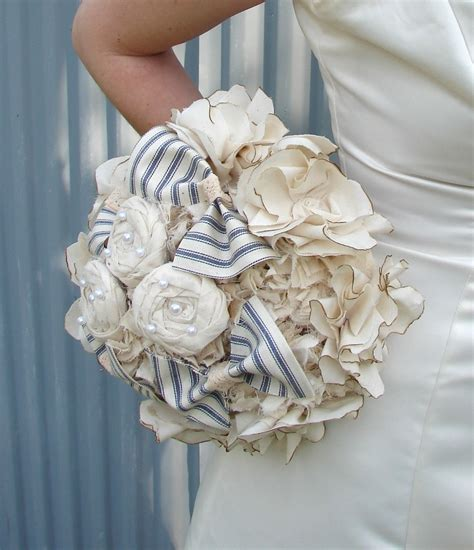 Wedding Bouquet Bows by Bridal Bouquets Weddings And Bridesmaid Roses And