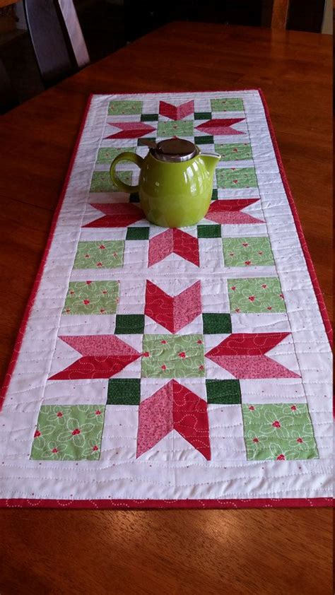 quilted tablecloth table linens 25 best ideas about christmas table runners on pinterest