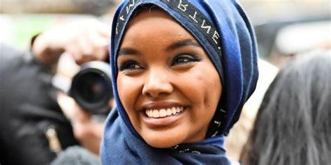 sports illustrated zeigt erstmals model mit hijab und