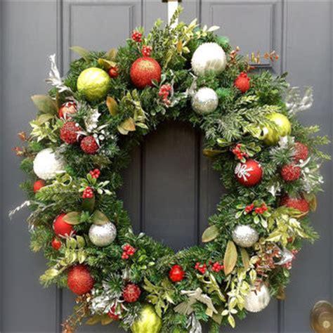large christmas wreath outdoor christmas prep