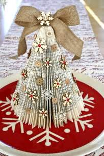 Make Home Decor by Attractive Last Minute Christmas Decorations For The Lazy