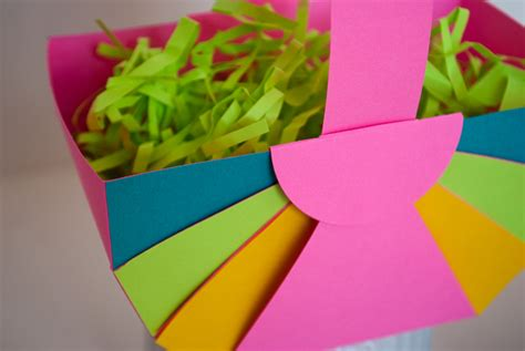 How To Make Easter Baskets Out Of Paper - easy diy paper easter basket merriment design