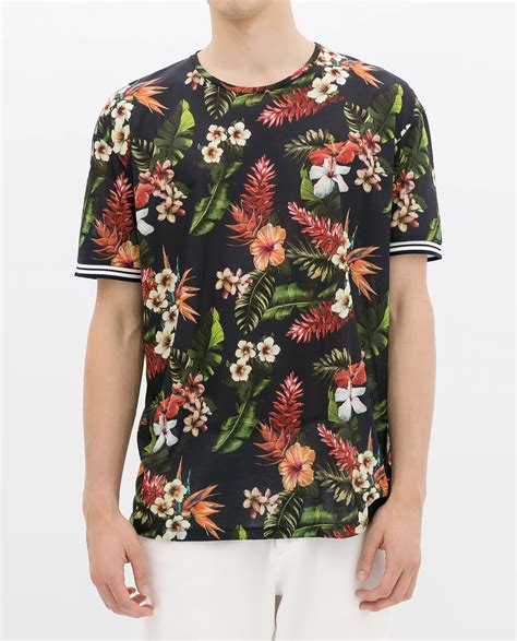 T Shirt Floral zara floral tshirt for lyst