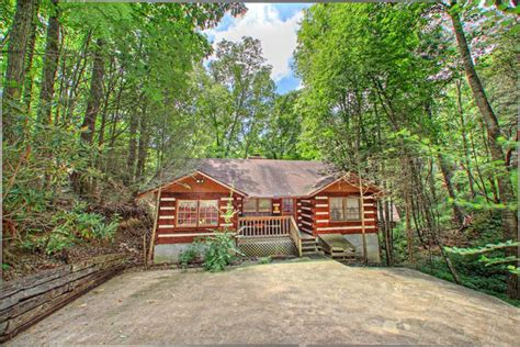 Gatlinburg Tennessee Cabins Smoky Mountains by Gatlinburg Tennessee Cabin For Rent Smoky Mountain High
