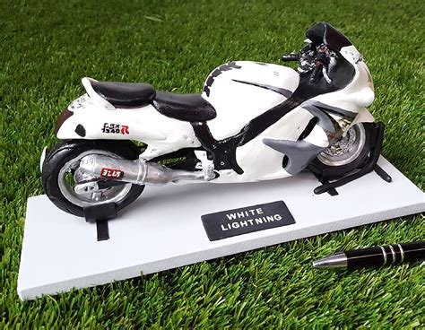 Suzuki Hayabusa Motorcycle Suzuki Hayabusa Motorcycle Custom Model Tessa S Figurines