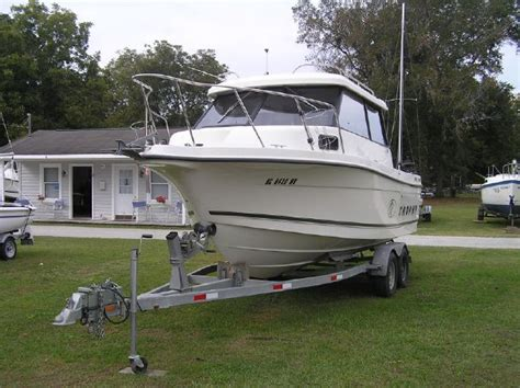 used trophy boats for sale in bc bayliner 2359 trophy hardtop oriental nc images frompo