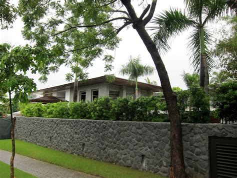 manny pacquiao house sneak peak at the new manny pacquiao mansion in forbes park powcast sports hub