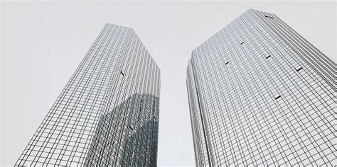 deutsche bank filialen frankfurt deutsche bank macht sich rar der weg zur n 228 chsten filiale