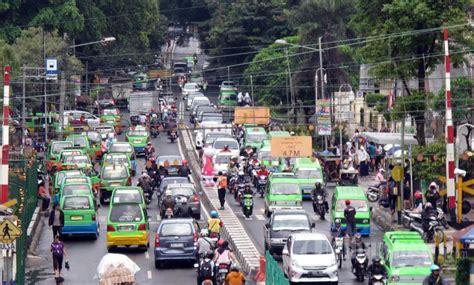 membuat npwp di bogor angkot ngetem sumber kemacetan kota bogor foto 1 1545452