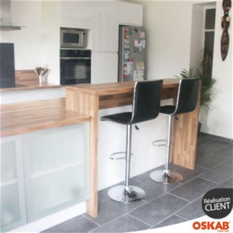 cuisine ouverte avec verri鑽e cuisine ouverte avec bar blanche et bois scandinave