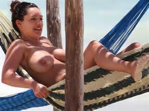 kelly brook hot topless in a bikini paparazzi oops