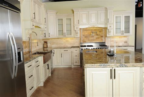 kitchen cabinets chicago suburbs kitchen cabinets with desk area home design ideas