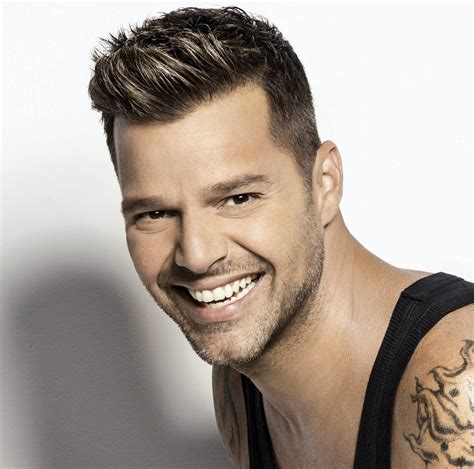 Ricky Martin smile hdwallpaper   HDwallpaper4U.com