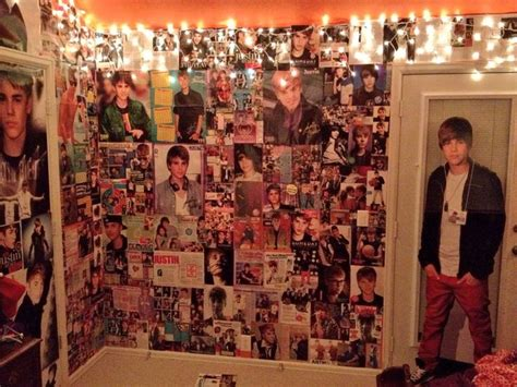 justin bieber bedroom justin bieber posters belieber room christmas lights