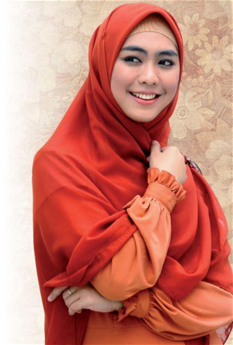 Jual Jilbab Anak Oki Setiana Dewi Bisnis Bayi Oki Setiana Dewi Terinspirasi Dari Si