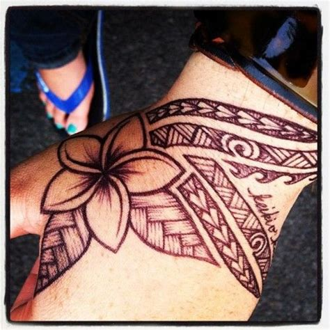 tribal hawaiian flower tattoo frangipani tattoos
