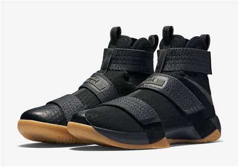 Nike Lebron Soldier 10 High Black Gold nike lebron soldier 10 black gum 844378 009 sneakernews