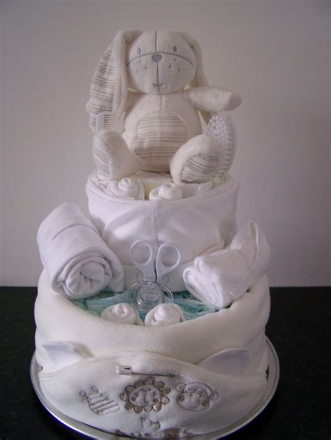 Nappy Baby Shower by Best 20 Nappy Cake Ideas On