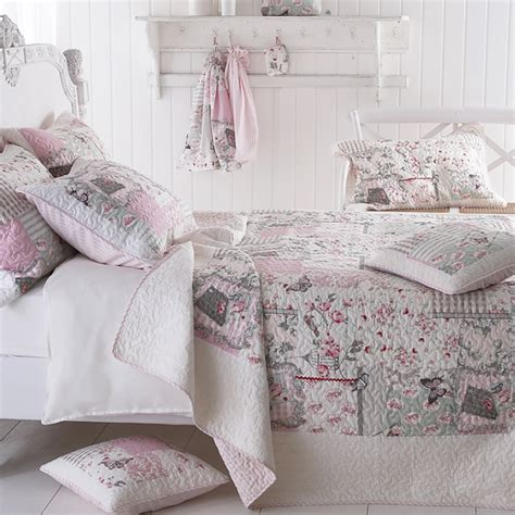 Quilted Patchwork Bedspreads - sashi bed linen papillon vintage patchwork quilted