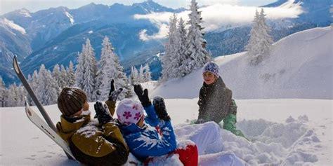urlaub im schnee österreich skifahren familienurlaub skiurlaub familie 214 sterreich