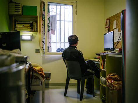 chambre prison des centaines de rats 233 s par un d 233 tenu 224 la prison de