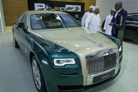 roll royce green rolls royce ghost golf inspired by dubai