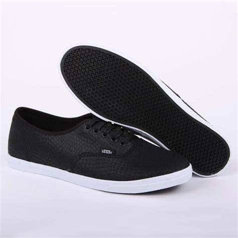vans authentic lo pro embossed snake t9n8k2 womens leather