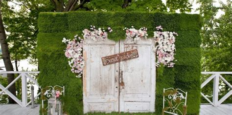 8 things to consider when planning an outdoor wedding