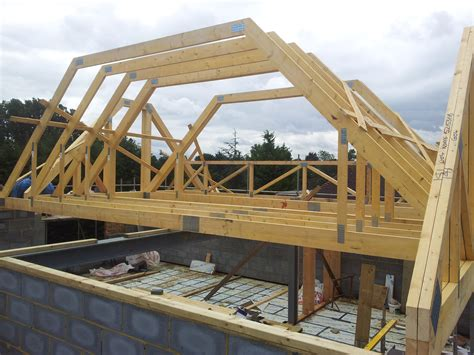Mansard Roof Construction Mansard Roof Truss Pictures To Pin On Pinsdaddy