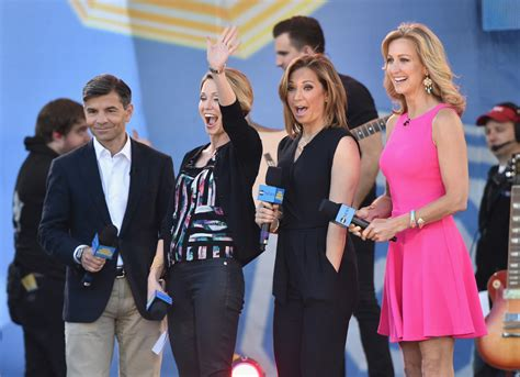amy robach and lara spencer the hollywood gossip short amy robach photos photos jessie j performs on abc s