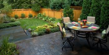 Patio Ideas For Small Yard Small Backyard Patio Paver Ideas Landscaping Gardening