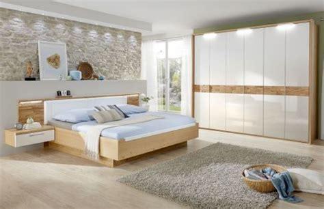 schlafzimmer wildeiche komplett schlafzimmer cesan wildeiche crema hochglanz