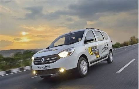 Renault Mumbai Renault Lodgy Attains More Than 42kmpl Traverses Mumbai