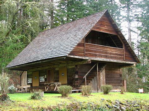 Earth Sheltered Cabin by 800px Baker Log Cabin Carver Oregon