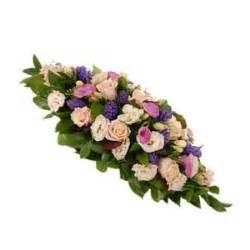 spedire fiori in russia inviare cuscino funebre di fiori