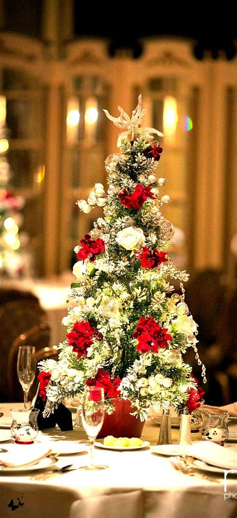 61 best fresh christmas wreaths greenery and table