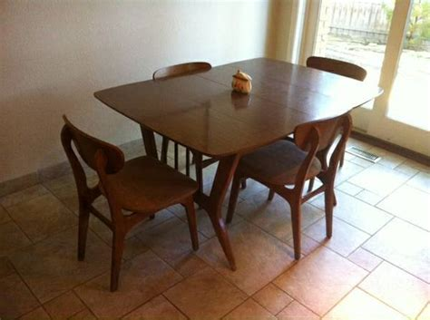 50s Dining Table And Chairs 50s 60s Garrison Co Mid Century Dining Table And 4 Chairs In Excellent Con My Antique