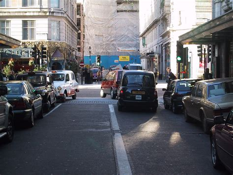 drive right file savoy court drive right out jpg wikimedia commons