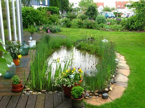 how to make a small pond in your backyard how to make a small fish pond pool design ideas