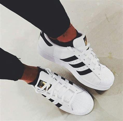 imagenes de tenis adidas tumblr 2015 adidas black and white fashion goals image