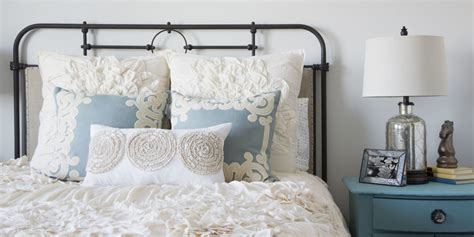 ideas about guest bedroom decor also how to decorate a guest bedroom decorating ideas tips for decorating a