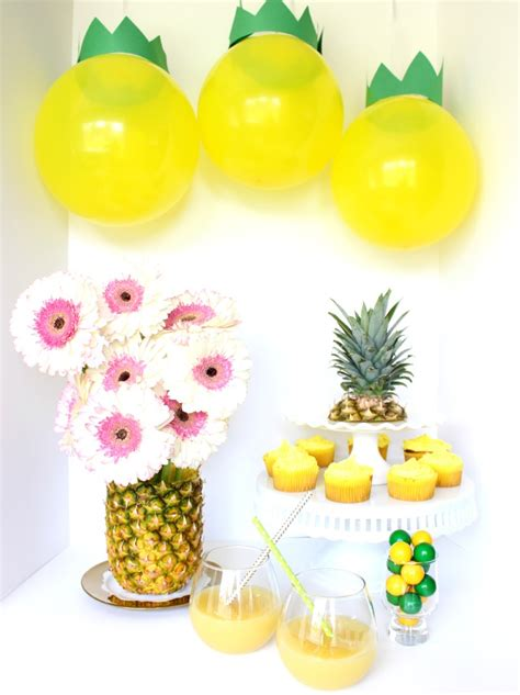 Diy pineapple party theme best friends for frosting