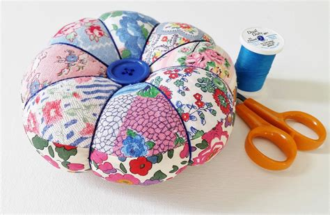 Patchwork Pincushion - diy pincushion tutorial with free pattern mad for fabric