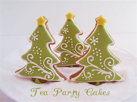 xmas tree made with royal icing tree cookies cakecentral