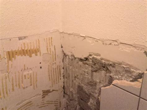 badkamer wanden egaliseren advies gevraagd hoe ondergrond tegels egaliseren