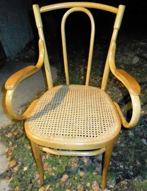 wie heißt stuhl auf englisch echter orginaler thonet stuhl hell mit armlehnen sehr