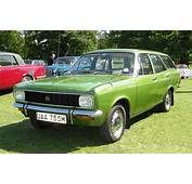 Hillman Avenger 1500 Estate First Registered May 1974