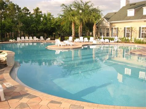 dcp housing disney college program pools cp housing amenities pools hot tubsdcp