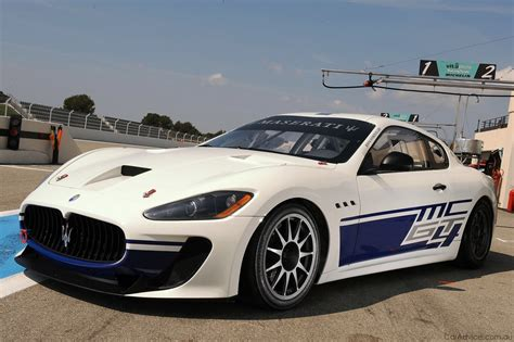 The Car Maserati Maserati Debuts Granturismo Mc Race Car Photos 1 Of 2