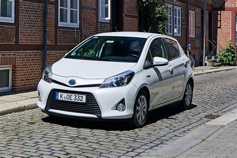 Yaris Hybrid Auto Bild by 100 000 Kilometer Im Toyota Yaris Hybrid Bilder